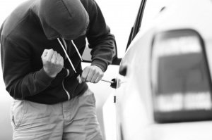 car_theft-580x386