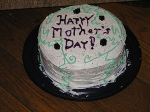 Mothers'_Day_Cake